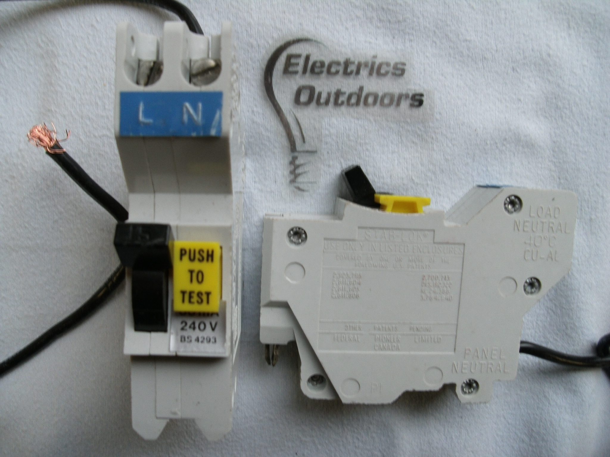 FEDERAL ELECTRIC STAB-LOK 15 AMP 30 mA RCBO RCD MCB CIRCUIT BREA