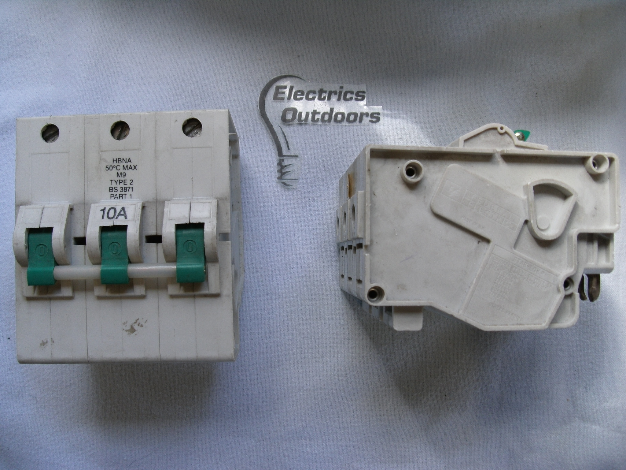 FEDERAL ELECTRIC 10 AMP TYPE 2 M9 TRIPLE 3 POLE MCB CIRCUIT BREA