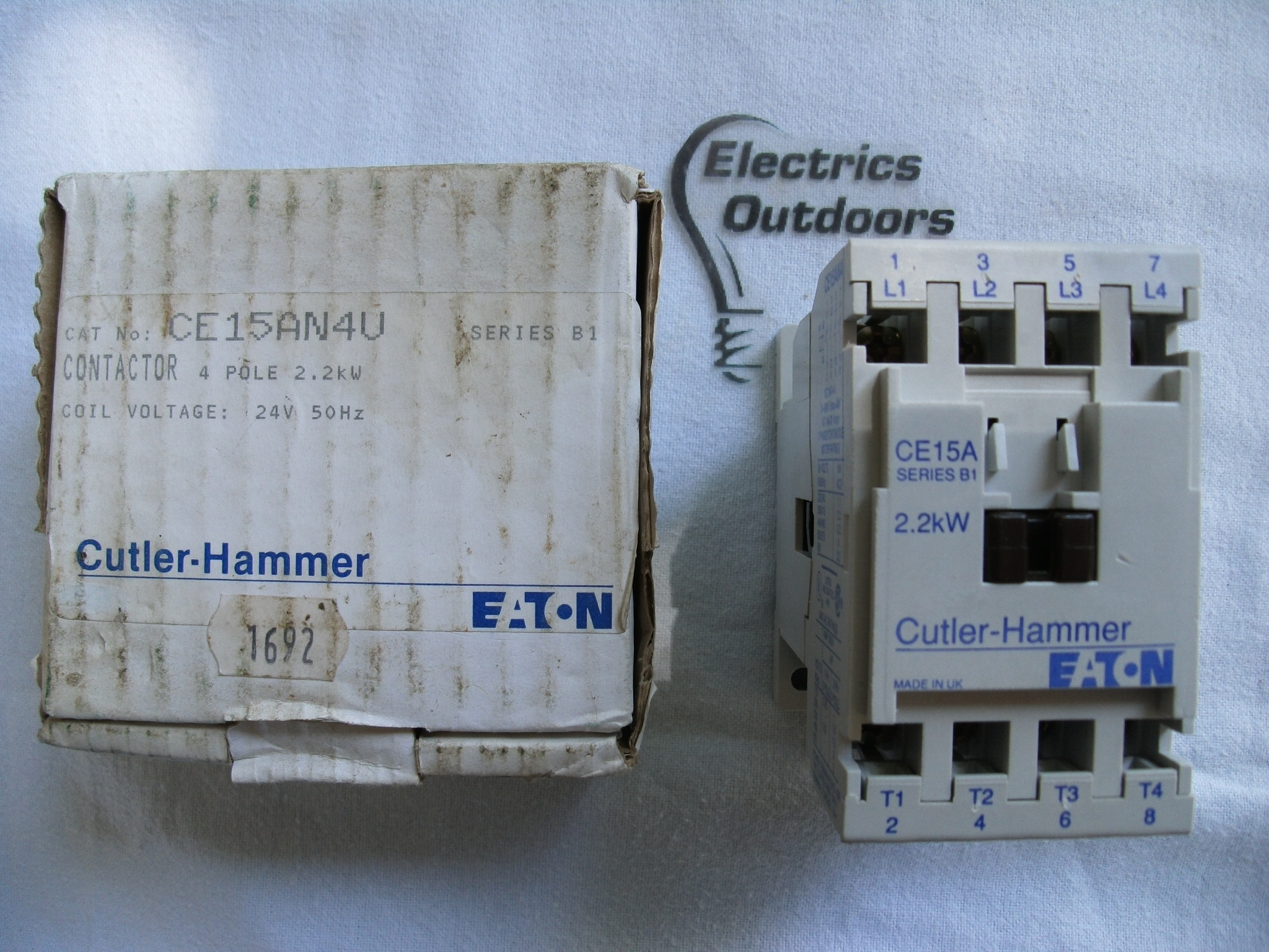 CUTLER-HAMMER 20 AMP CONTACTOR FOUR POLE 2.2KW COIL VOLTAGE 24V 50 HZ CE15AN4U 4