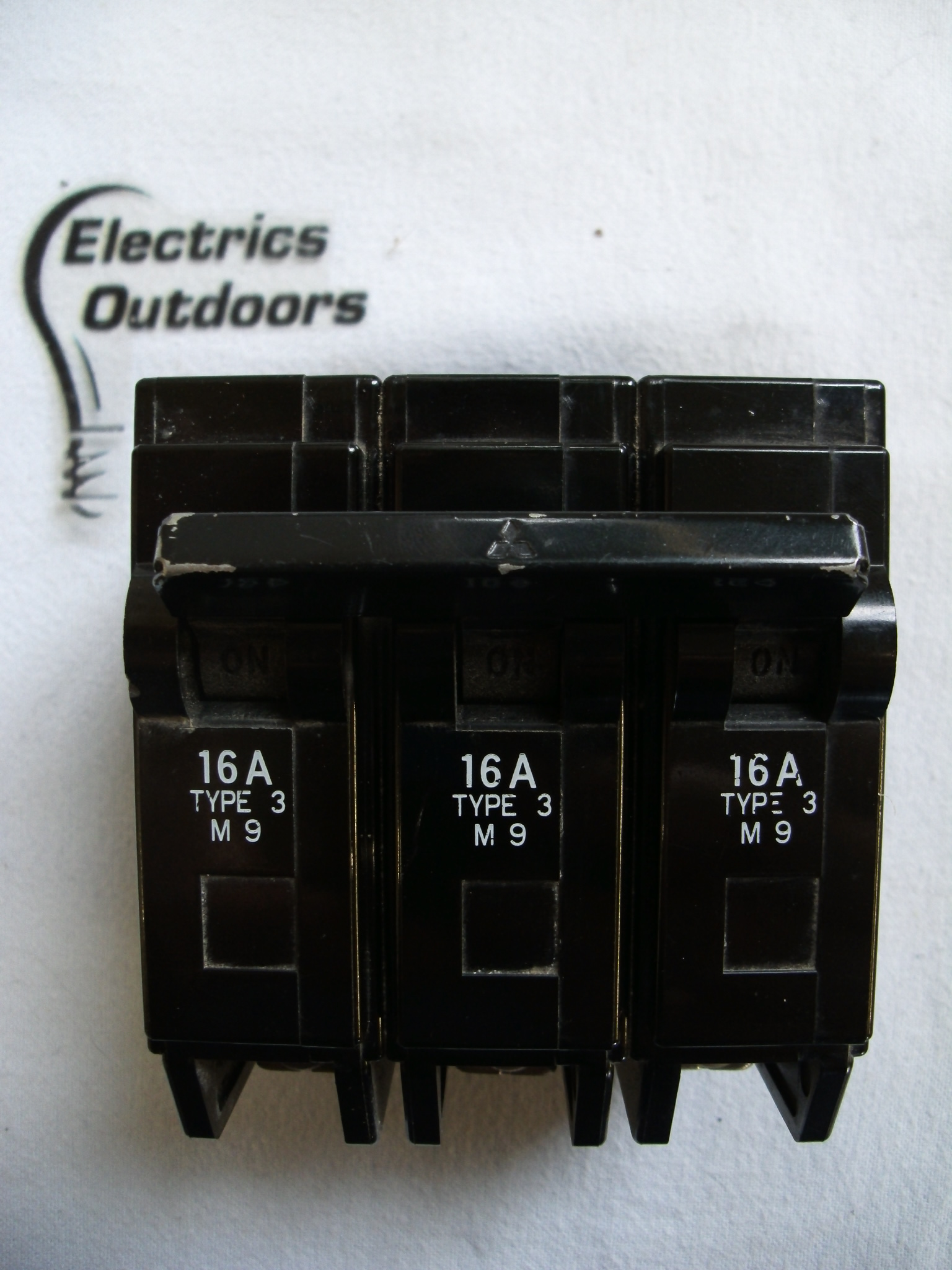 MITSUBISHI 16 AMP TYPE 3 M9 TRIPLE POLE MCB CIRCUIT BREAKER BH PS BS 3871