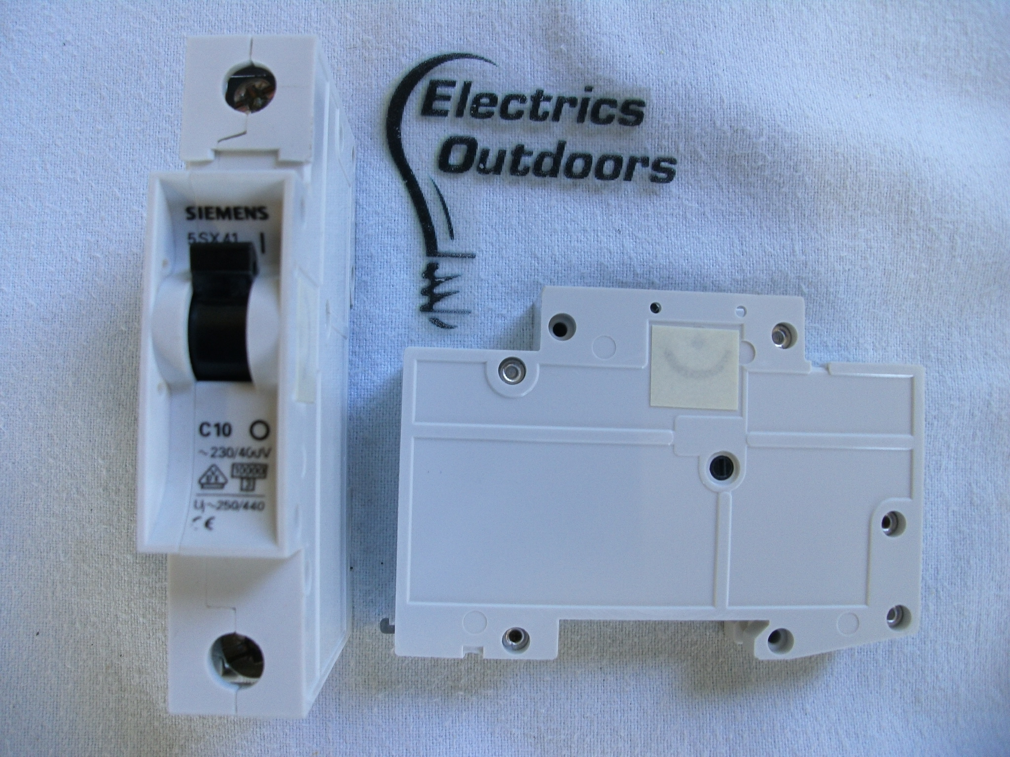 SIEMENS 10 AMP TYPE C 10KA 240V SINGLE POLE MCB CIRCUIT BREAKER 5SX41 BSEN 60898
