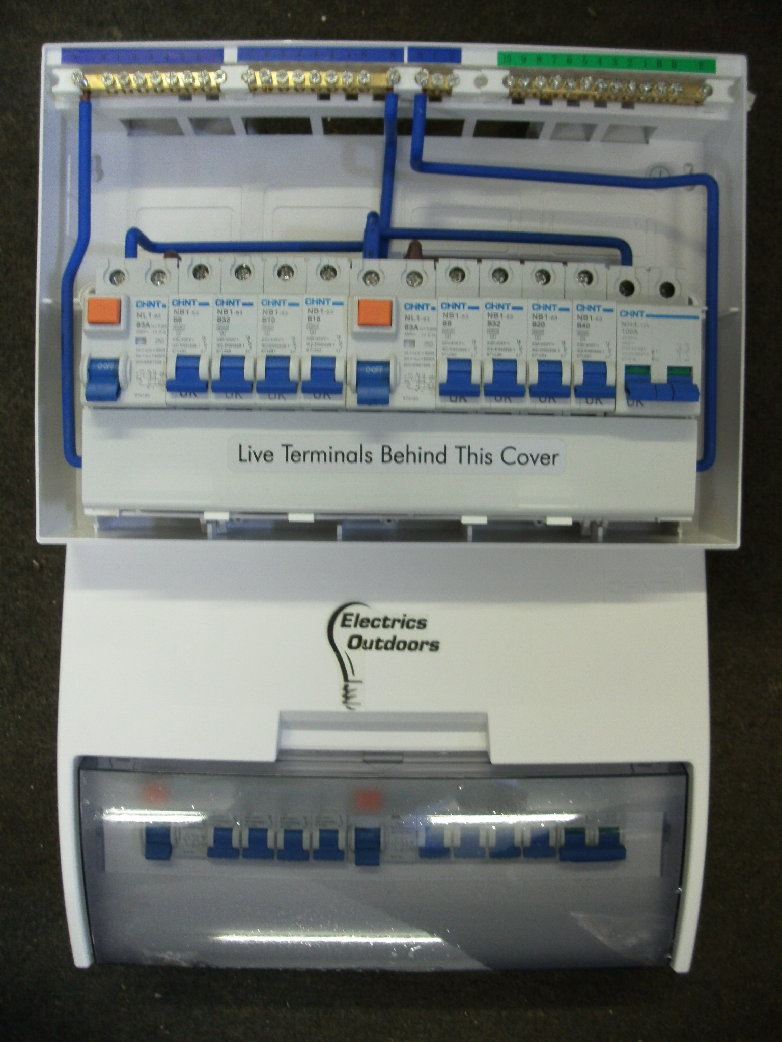 Chint 17th Edition 8 Way Split Load Consumer Unit Dual Rcd