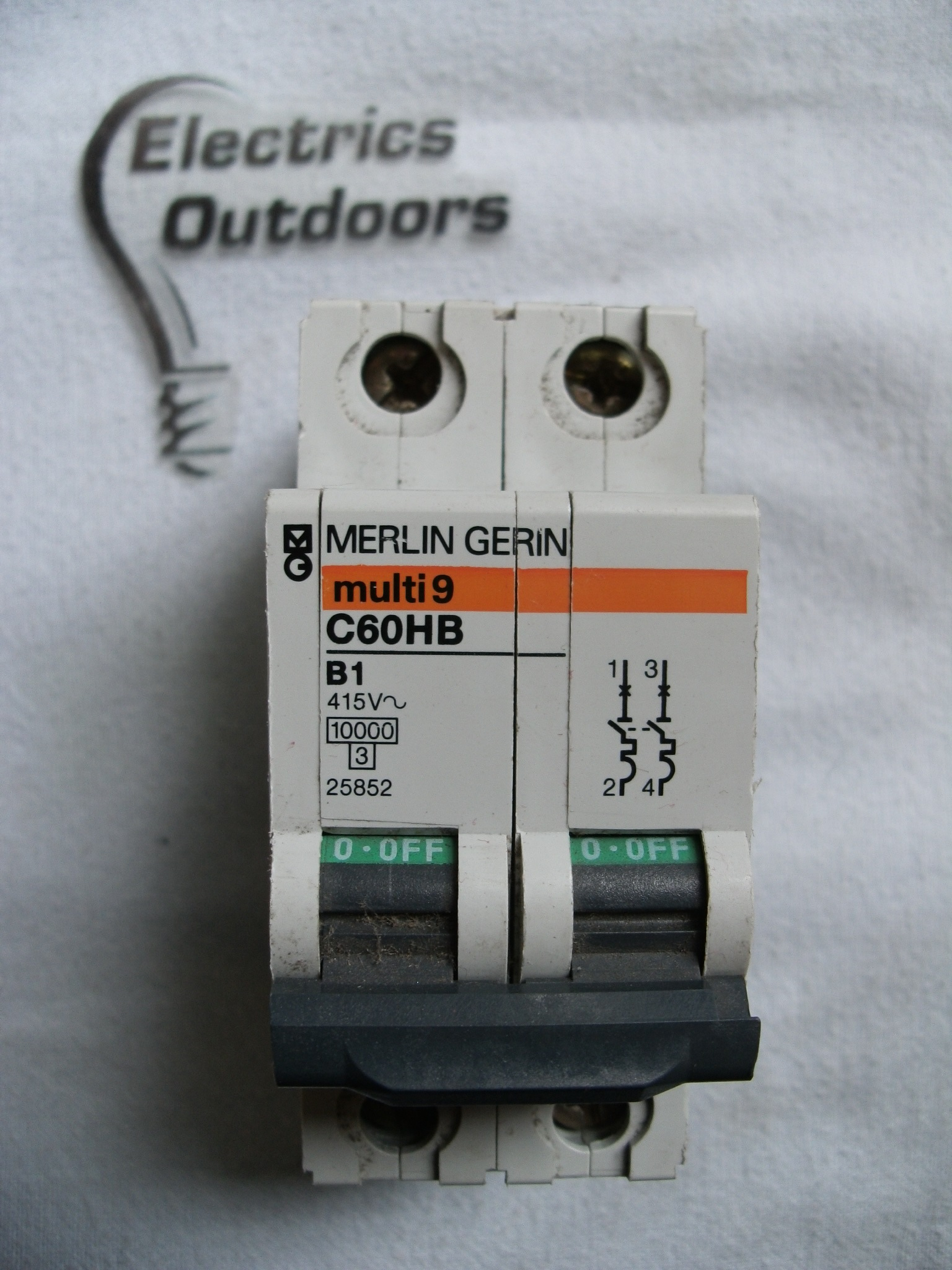 MERLIN GERIN 1 AMP TYPE B 10 kA DOUBLE POLE MCB BREAKER C60HB 25852 MULTI 9 2