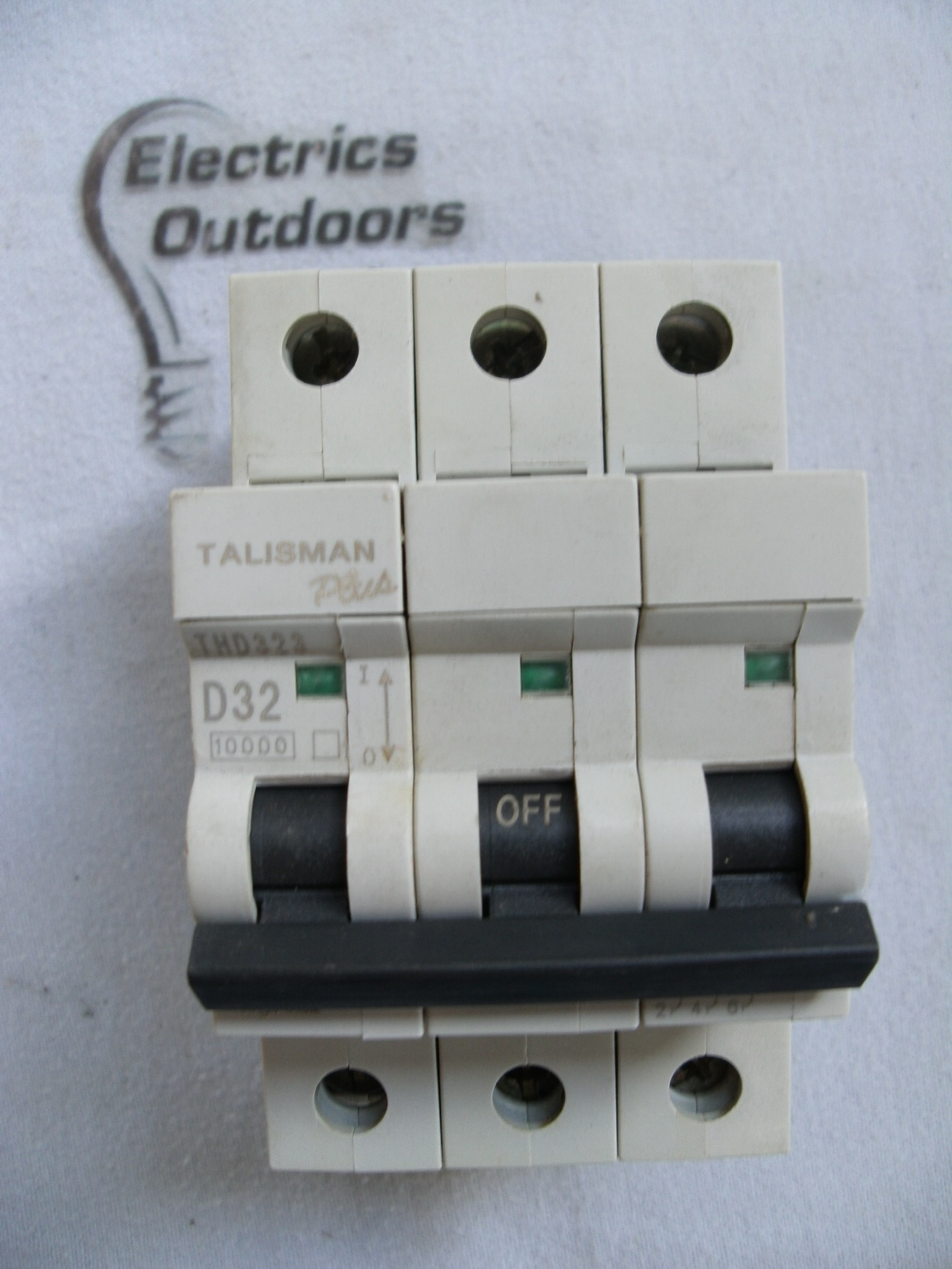 BILL 32 AMP TYPE D 10 KA TRIPLE POLE MCB BREAKER THD323 TALISMAN PLUS EATON