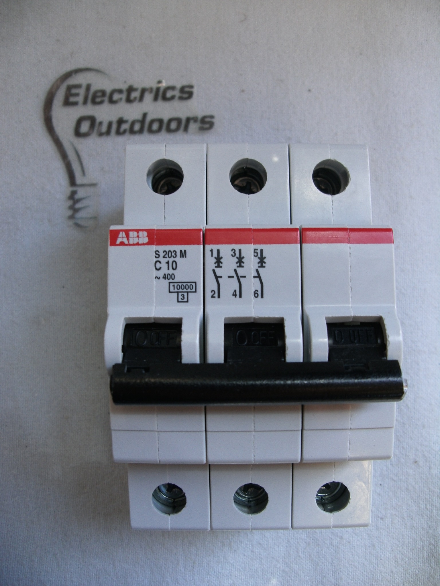 ABB 10 AMP TYPE C 10 kA TRIPLE POLE MCB CIRCUIT BREAKER S230M 2CDS 273 001 R0104