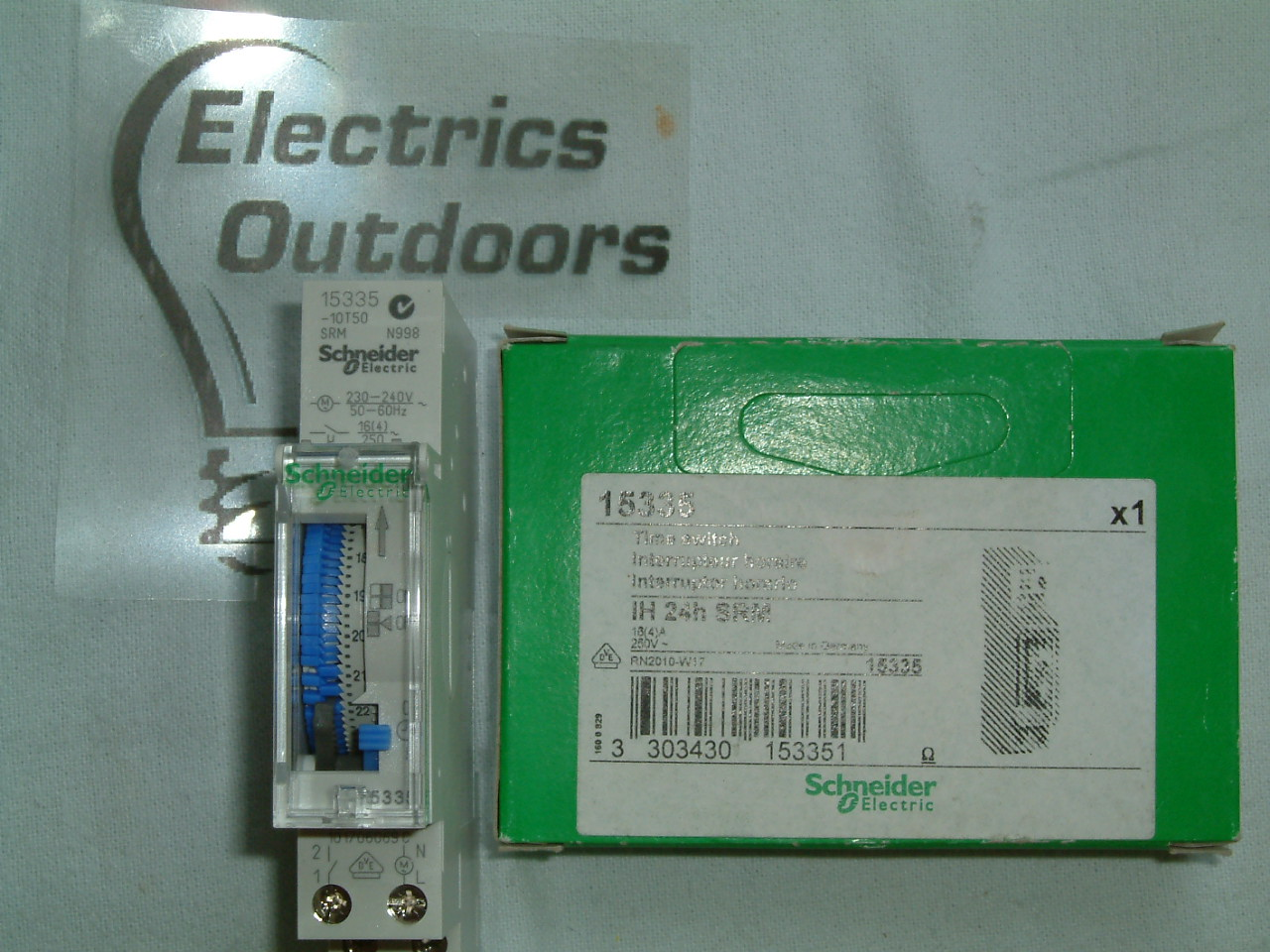 SCHNEIDER ELECTRIC 15335 TIME SWITCH IH 24H SRM 16A 250