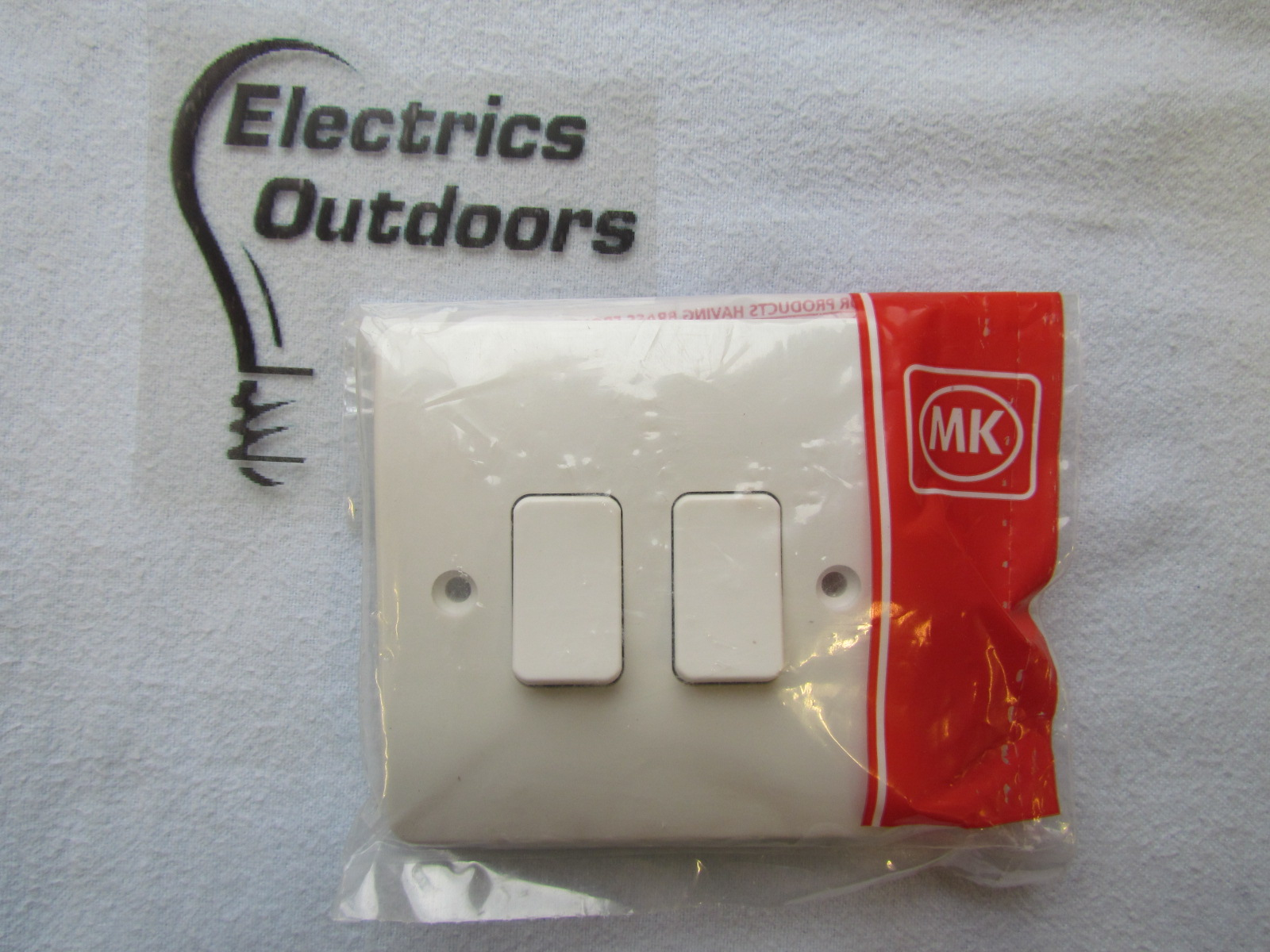 MK 10 AMP 2 GANG SINGLE POLE 2 WAY LIGHT SWITCH K4872WHI LOGIC PLUS