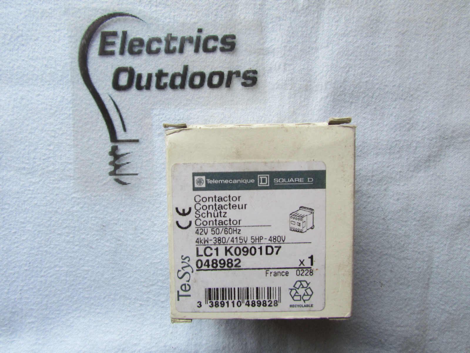 SQUARE D CONTACTOR 42V LC1 K0901 D7 TESYS 4kW-380/415V