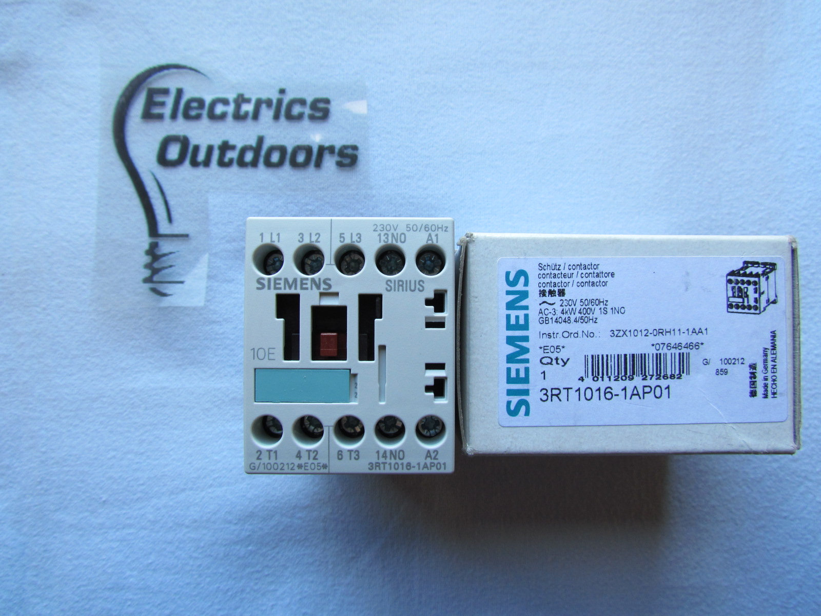 SIEMENS CONTACTOR AC-3 4kW 400V 230V 3RT1016-1AP01